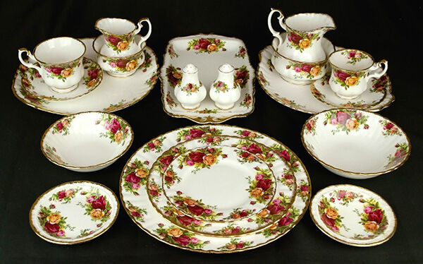 How to Buy Royal Albert Old Country Roses Tableware on eBay