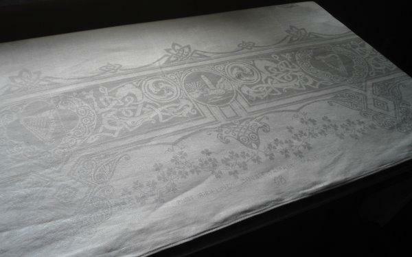"Vintage Irish Linen Tablecloth Shamrocks Harps Double Damask Munster 104"""