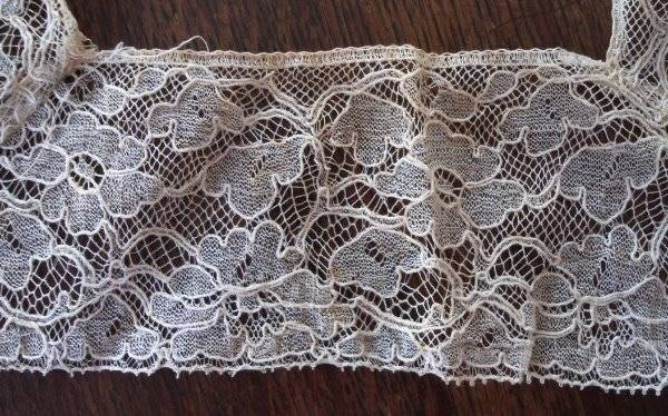 Vintage Ecru Alencon Style Net Lace Trim Collar Hand Embroidered Floral