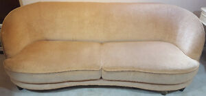 Couch/Sofa for Sale in Windsor Windsor Region Ontario image 1