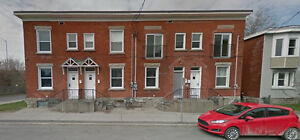 4 BEDROOM Town house - Centretown - ALL INCLUSIVE