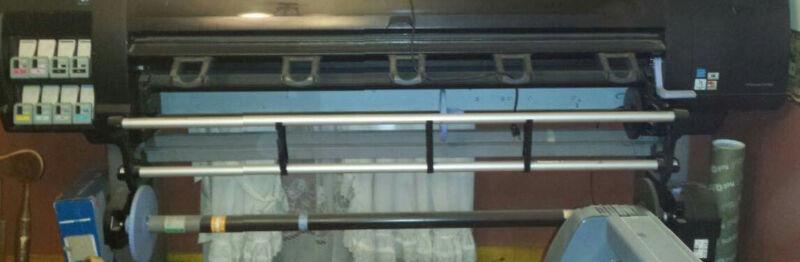 HP Professional Vinyl Printer and Laminator