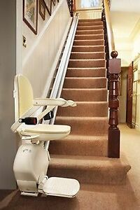 Stairlift Acorn *** DELIVERY AND INSTALLATION INCLUDED ***1