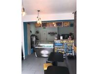 Shop to let Commercial- Fantastic Opportunity- Oneoffone! *Broadway&Rios nearby*Bargain