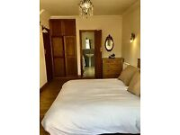 Large Double Room Flat En-suite Bathroom to Rent in Tolworth Rise North KT5
