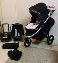 BLACK DOUBLE STRIDER PLUS PRAM & MATCHING CAR / PRAM CAPSULE Coombabah Gold Coast North Preview