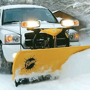 SNOW PLOW. SNOW REMOVAL. PLOWING