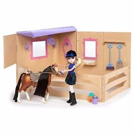 Moxie Girlz Horse and Stable Playset
