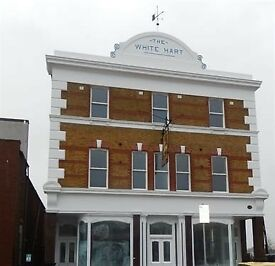 Stunning 1st floor modern three bedroom flat, located in Erith (The White Hart)