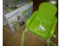 Munchkin Feeding Booster Seat, Green- Almost New