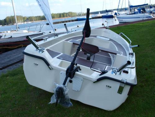 Fishing rowing boat ebay for Ebay fishing boats