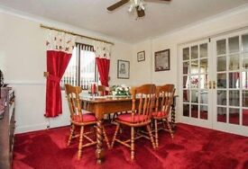 3 double bed bungalow. In super decorative condition. 16yrs old.