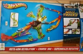 Hot wheels wall track (complete but no box)