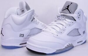 Air jordan 5 retro metallic white Size 9.5