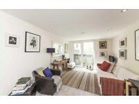 Studio flat in Gatliff Road, London
