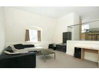 Studio flat in Whitehall, Charing Cross