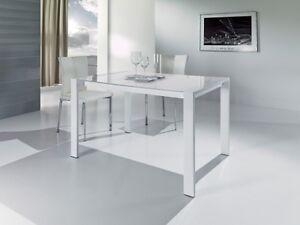 Tavolo bianco moderno metallo piano in vetro cucina for Tavolo cucina moderno bianco