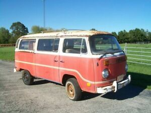 Looking for old vw bus