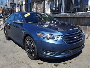 2018 Ford Taurus Limited / 3.5L V6 /Auto / AWD **Luxurious**