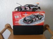 Dale Earnhardt Action 1:24