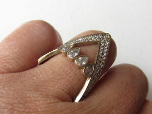 Brand NEW 925 Solid Sterling Silver Slave Ring Size 8 CZ