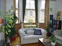 Bright, spacious two bedroom flat, lounge, kitchen and box room. City centre. AVAILABLE 31/08