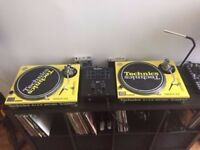 2 Technics 1200s MK2 Decks, Numark Mixer, Traktor Scratch A6 and Speakers