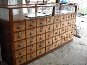 WANTED!! Display case with Drawers