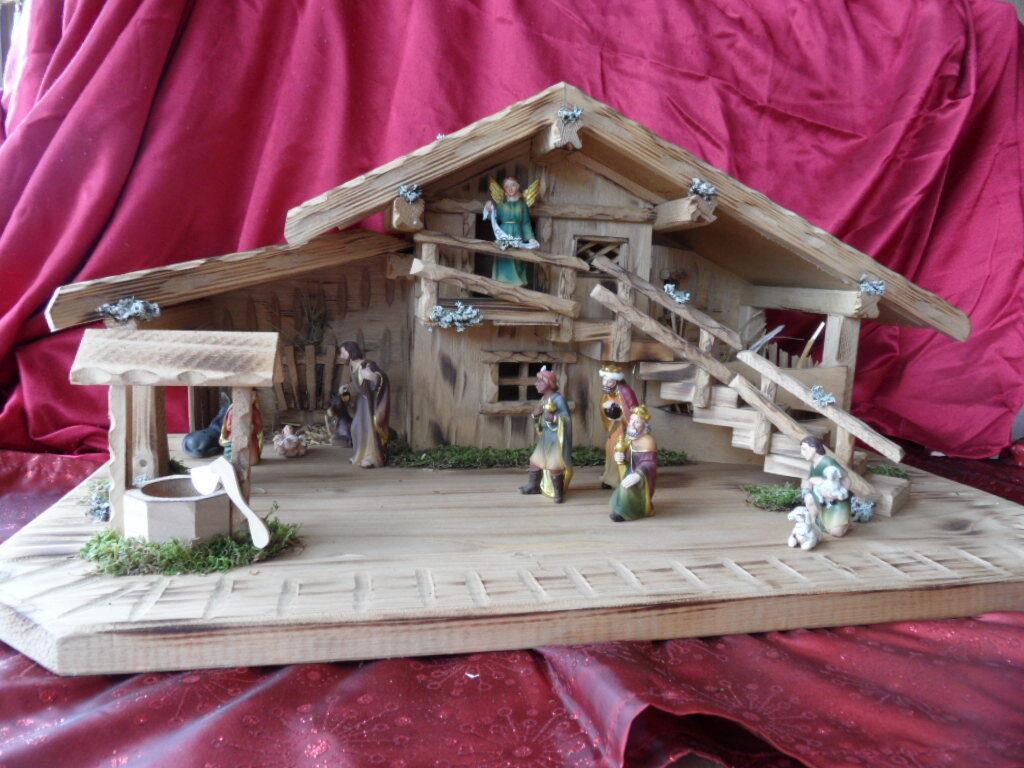 Krippenfiguren Weihnachtskrippe Schreinerarbeit Krippenstall Handarbeit  Carl