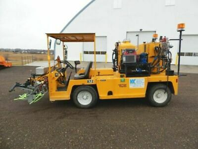 2005 Tug Kelly-creswell Wv120-al Diesel Highway Line Paint Striping Truck