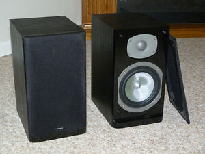Excellent Energy C-Series Bookshelf Speakers