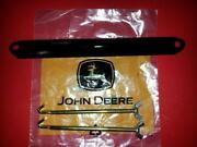John Deere 322