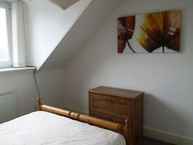 Immaculate 1 Bedroom Flat