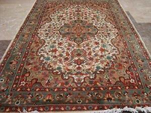 Awesome Gultarash Medallion Rectangle Area Rugs Wool Silk Hand Knotted Carpet (6 x 4)'