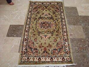 Exclusive Ivory Medallion Flowers Oriental Area Rug Hand Knotted Wool Silk Carpet (5 x 3)'