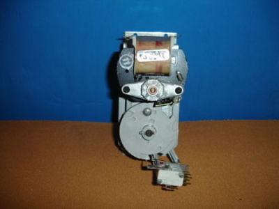Rare Dixie Narco Soda Machine Single Column Solid Gray Cam Vend Motor
