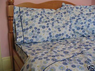 Kids Cotton Twin Size Bedding Set Navy Blue Daisy (Daisy Kids Bedding)
