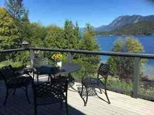 Sechelt District House for sale:  3 bedroom 3,140 sq.ft.