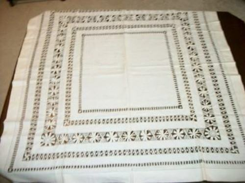 ANTIQUE WHITE LINEN TABLECLOTH WITH CROCHET WORK MONOGRAM E or F 1900