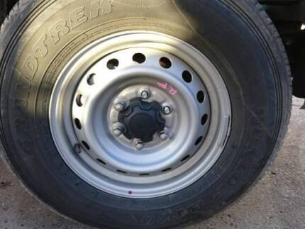 FORD RANGER STEEL WHEEL WITH 255/70R16 TYRE 11 TO 17 (TMP-185697)