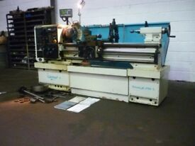 COLCHESTER TRIUMPH VS2500 GAP BED CENTRE LATHE YEAR 2004