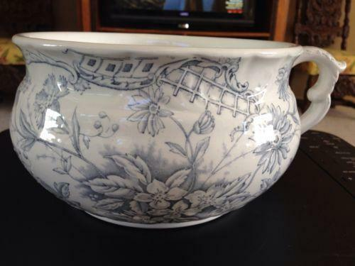Victorian chamber pot etiquette : Victorian chamber pot