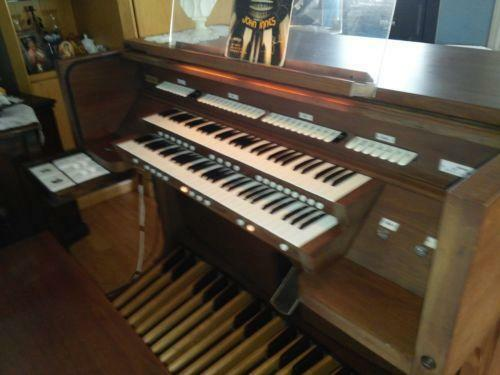 sale of organs Garland pipe organs, 3/63, 1992 excellent condition available immediately  létourneau pipe organ for sale with 10-year warranty: $550,000.