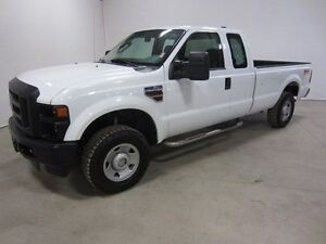 2008 Ford F-250 SUPER DUTY 4X4 - LOOK & RUNS GREAT!