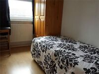 Single room, Stepney, excellent transport links and amenities, fully furnished and bills included