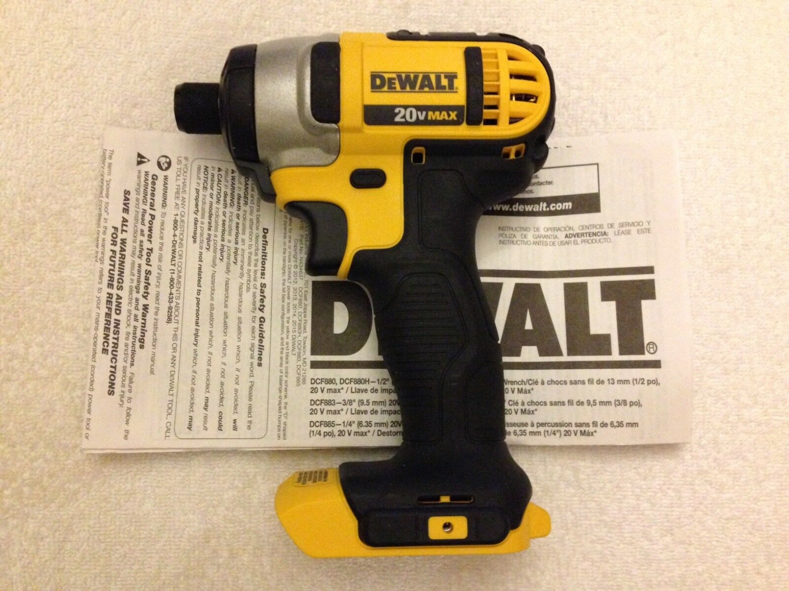 "NEW Dewalt DCF885 20V Cordless 1/4"" Impact Drill,  DCB203 Ba"