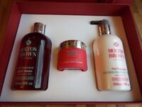 Molton Brown Pink Pepperpod Gift Set Body Wash , Body Lotion ,Body Polisher Box