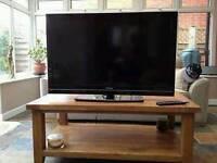 Toshiba 40bv700b 40inch full hd lcd tv. Spares or Repair.