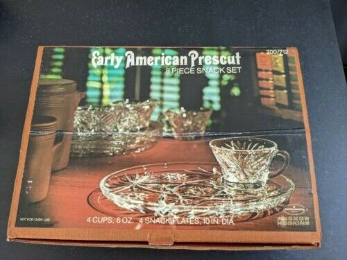 Anchor Hocking Early American Prescut 8-Piece Snack Set- 4 Plates/4 Cups in Box