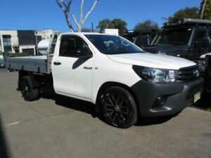 2016 Toyota Hilux GUN122R MY17 Workmate White 5 Speed Manual Cab Chassis